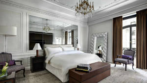Milano-Suite-Bedroom---St.-Regis-New-York